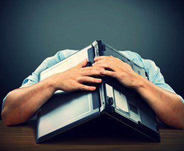 Το blogging σε κάνει καταθλιπτικό (και όχι για τους λόγους που νομίζεις) 12
