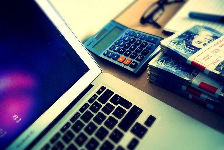 Πως να μειώσεις τα έξοδα του blog σου