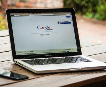 """Η Google θα ξεκινήσει να """"τιμωρεί"""" τα blogs με pop-up διαφημίσεις"""