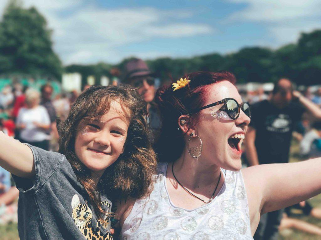 Να ανεβάζεις τις φωτογραφίες των παιδιών σου στο blog σου ή όχι