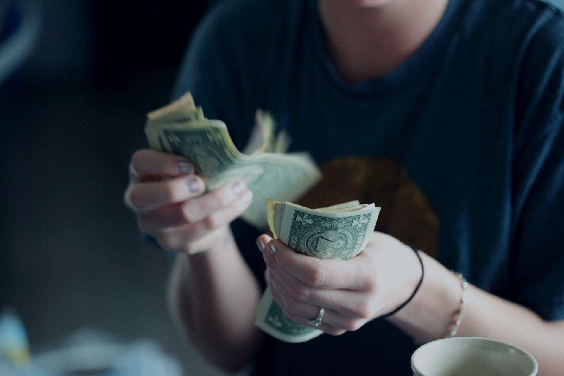 Πως να βγάλεις λεφτά από το ίντερνετ
